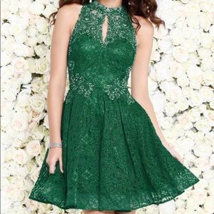 Dresses & Skirts - Green lace rhinestone homecoming cocktail dress